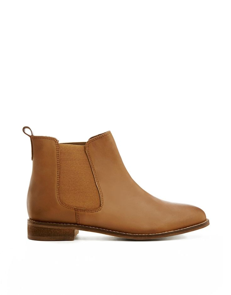 AIRTIME Leather Chelsea Ankle Boots