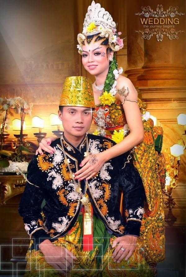 Rias Pengantin Wonosobo Kami melayani untuk penyelengaraan pesta pernikahan secara menyeluruh ataupun sesuai permintaan klien,bila anda ingin mengadakan pesta pernikahan, kami siap untuk menyelenggarakan pesta pernikahan anda.Rias Pengantin Wonosobo  secara profesional , Tentang harga,kami sangat negotiable dan tentunya sangat kompetitif.  Hubungi Rias Pengantin Wonosobo di 083-84-036-5520 atau email : info@eoselaras.com http://riaspengantindiwonosobo.blogspot.com