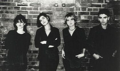 Elastica; el glamour más punk del pop británico.