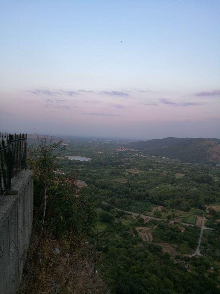 "Edessa city. Η θέα απο τον ""ψηλό βράχο"""
