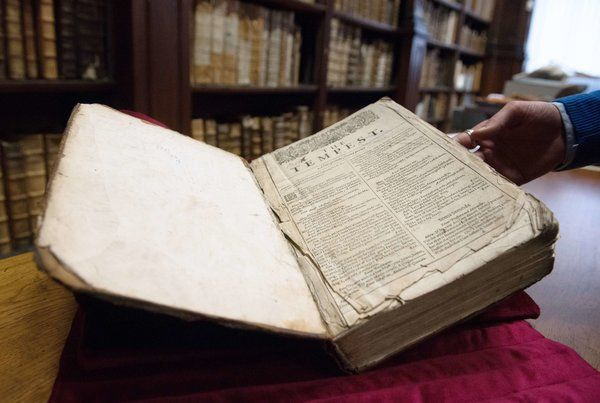 Shakespeare Folio Discovered in France - NYTimes.com