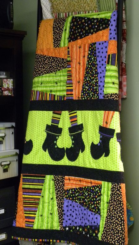 Too Cute Halloween quilt with Witches boots made from SU Stocking Die :)