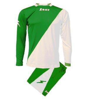 Zöld-Fehér Zeus Ergo Osztott Focimez Szett rugalmas, sztreccses, osztott színű, kényelmes, kopásálló, könnyen száradó, rövid ujjú mezzé alakítható az Ergo focimez szett. Egyedi, tartós, kitűnő, vagány viselet, nagyszerű választás. Zöld-Fehér Zeus Ergo Osztott Focimez Szett 3 méretben és további 6 színkombinációban érhető el. - See more at: http://istenisport.hu/termek/zold-feher-zeus-ergo-osztott-focimez-szett/#sthash.XpRW6eD7.dpuf