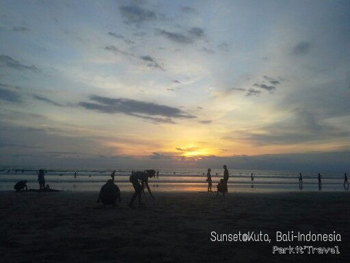You can always enjoying sunset in Kuta during sunny day.