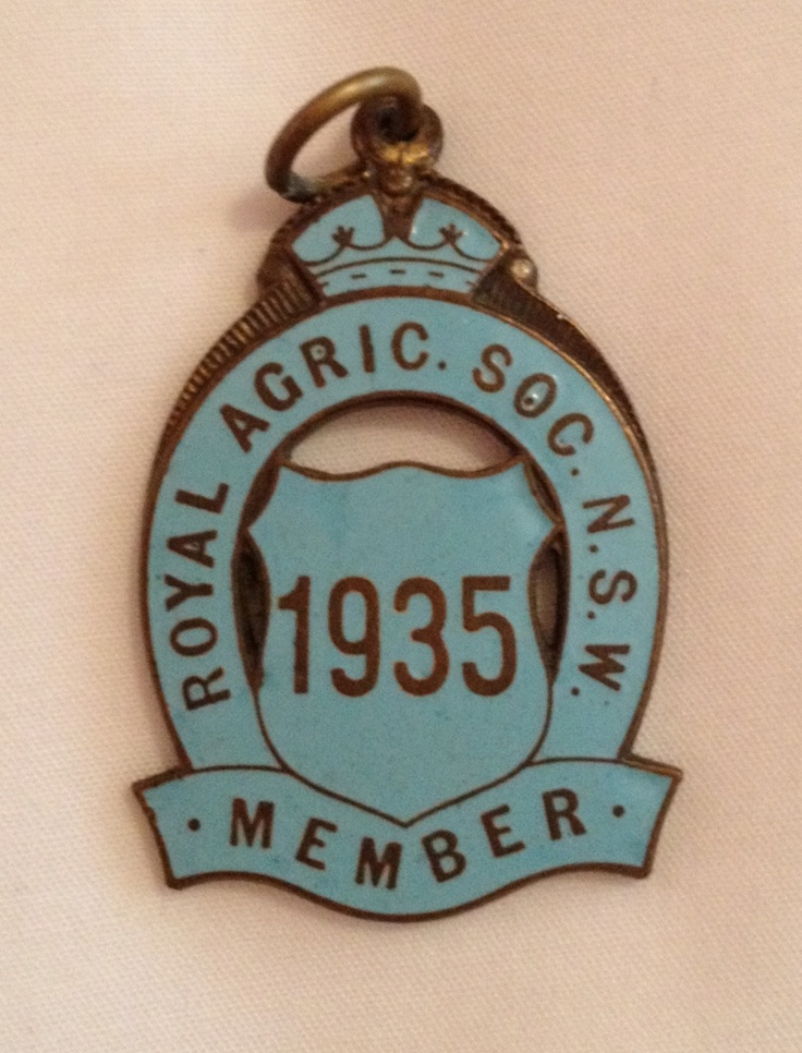 Vintage show badge. 1935 Royal Agricultural Society of NSW.