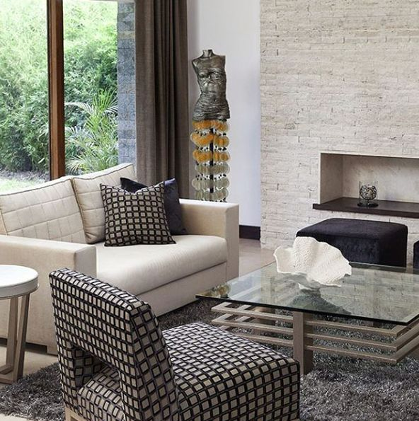 Máximo aprovechamiento de espacio...  #deco #interiorismo #diseñointerior #decoradores #arquitectos #homedesign #instahome #decolovers #arqlovers #ciudadempresarial #adrianahoyoschile