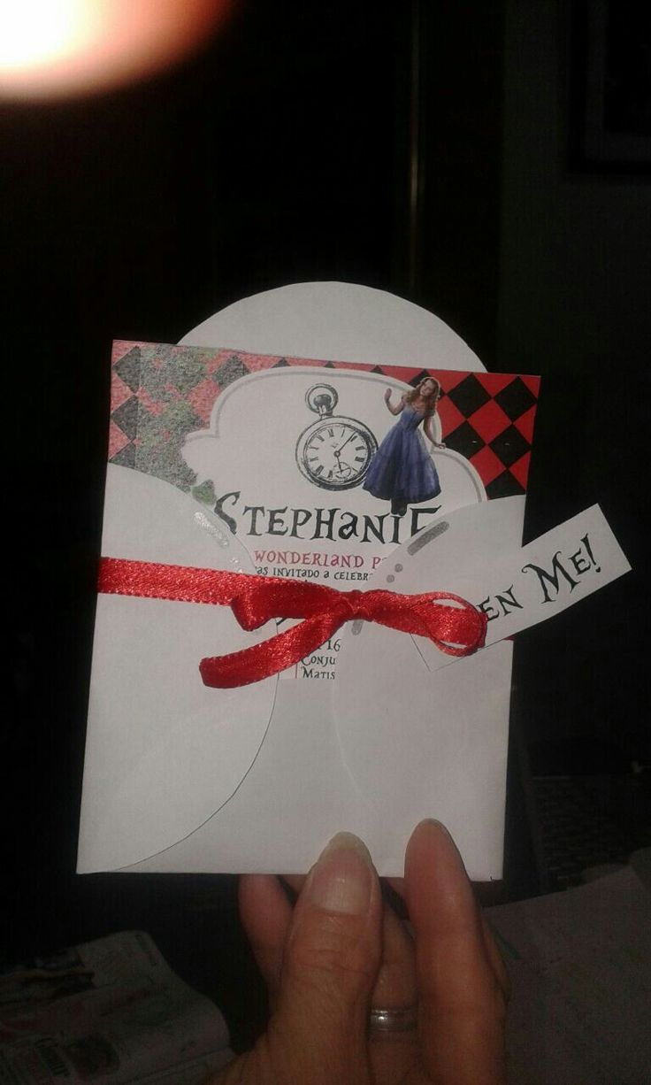 Invitation Alice in wonderland