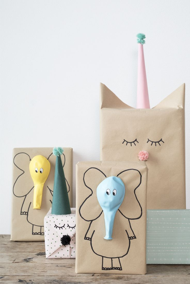 Süße Geschenkverpackung mit Ballons selber machen l Geschenke für Kinder einpacken l DIY gifts with balloons. A creative gift wrapping idea for kids by Søstrene Grene
