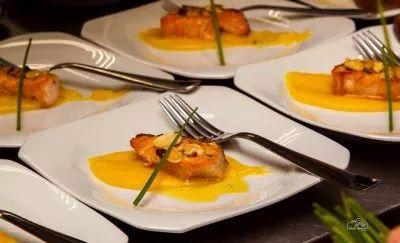 salmão ao molho de maracujá, comida, food, menus, cardápios, chefes, gastronomia, pratos