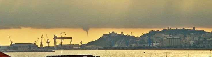 Ancona, Marche, Italy- Formation of a whirlwind Photo by Gianni Del Bufalo (CC BY-NC-SA 2.0)इटली  意大利 Italujo イタリア Италия איטאליע إيطاليا