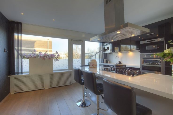 Fijne keuken indeling in een goeie starterswoning