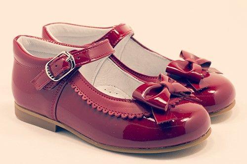 Zapatos para niña Charol Rojo ideales y monisimos.