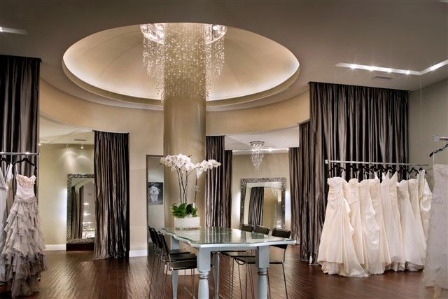 The bridal boutique down stairs l b pinterest for Boutique interior designs