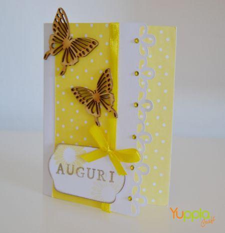 Un biglietto di auguri pieno di farfalle #yupplacraft #cardmaking #crafidea #auguri #biglietti #scrapbooking #handmade
