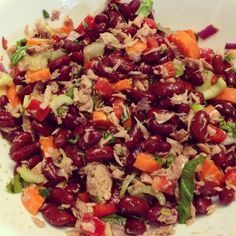 Ripped Recipes - Tuna & Kidney Bean Salad - Great healthy salad full of protein and fibre! Great for lunch or as a side item with your meals!