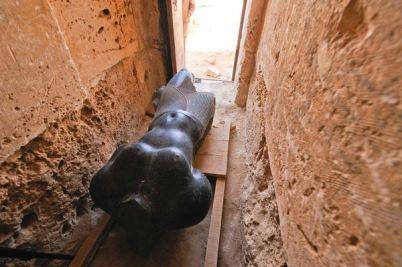 Les Découvertes Archéologiques: Taposiris Magna abriterait-elle le tombeau de Cléopâtre ? Kathleen Martinez Berry