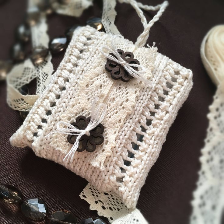 Excited to share the latest addition to my #etsy shop: Lavender sachets Aromatic sachets Scented sachet bags Lavender bags Lavender pillows AnaValenArt Lavender favor Drawer sachets Rustic decor http://etsy.me/2n4pZLE #housewares #homedecor #beige #housewarming #christmas #brown