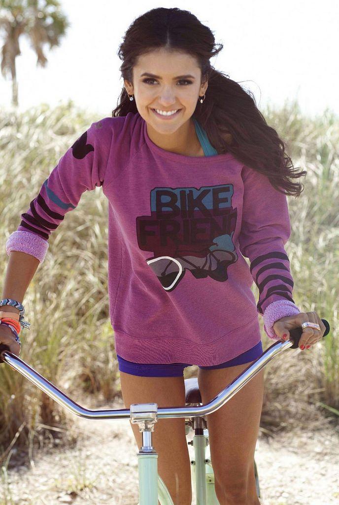 Нина Добрев — Фотосессия для «Seventeen Fitness» 2011 – 9