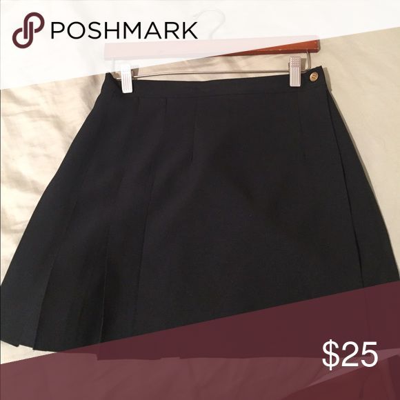 Black Tennis Skirt in great condition Beautiful Black Tennis Skirt  Skirts