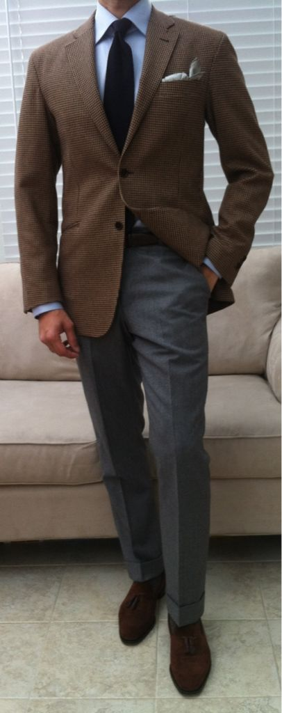 Classic work outfit. Find more masculine mature men on www.datedick.com