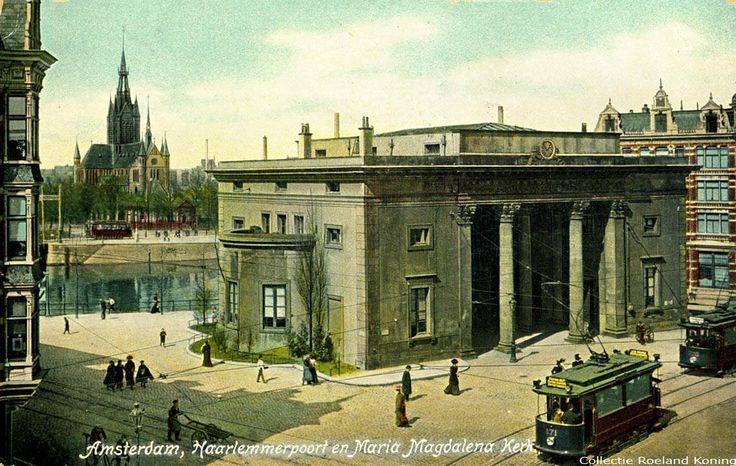 Amsterdam, Een stukje Haarlemmerplein met de Haarlemmerpoort op een ansichtkaart die in 1908 verstuurd is. Links in de achtergrond de Maria Magdalenakerk.