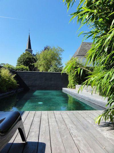 Une piscine qui embellit mon jardin et ma terrasse - CôtéMaison.fr