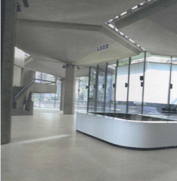 PAVIMENTO COL GRIGIO CEMENTO A VENTOSA  AUTOADAGIANTE  SPESS MM 4  € 43,65/MQ