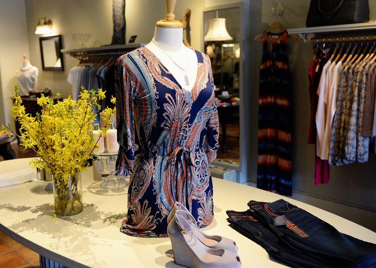 Perfect Spring Dress  http://carmilias.com/index.html