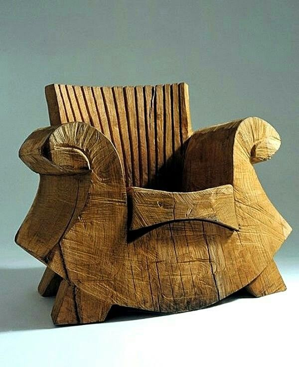 8 best images about chainsaw on pinterest sculpture for Special chair design