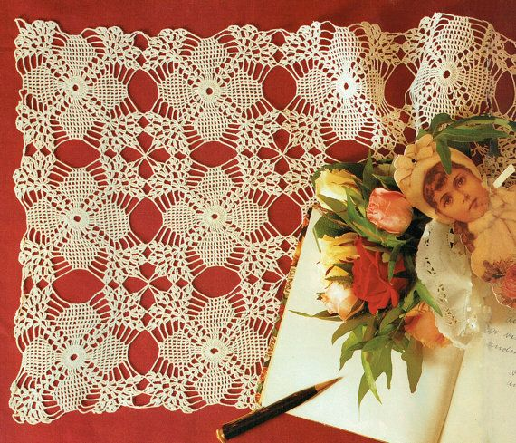 Last-Minute CHRISTMAS Traditional 'Snowflake' Filigree Lacy Table Runner Crochet Pattern, Keepsake, Home Decor, Hierloomx