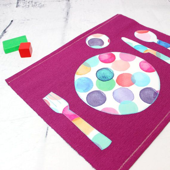 The Montessori placemat help the kids to properly arrange the utensils on the table.  The kitchen is a very educational living space for your children to evolve in. Heres a trick to ease the childs daily life as well as yours at the same time!  The toddler likes to participate to set the table. This activity will help him to develop its coordination and attention but also its social sense by participating in the life of the family.  The laminated cotton appliques with bright colors define…