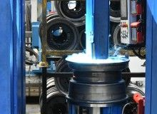 The station makes it possible to test, and consequently optimize, the welding process for welding stress and strain, and thus reducing run-out particularly for wheels with reinforced flange and wheels up to a speed of 80km/h and wheels bolted with a variable offset ring.