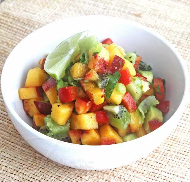 Peach Kiwi SalsaFit Food, Food E Lici, Blackberries Arugula, Salad Recipes, Peaches Kiwi Salsa Jpg 640 614, Free Recipe, Peaches Blackberries, Healthy Food, Arugula Salad