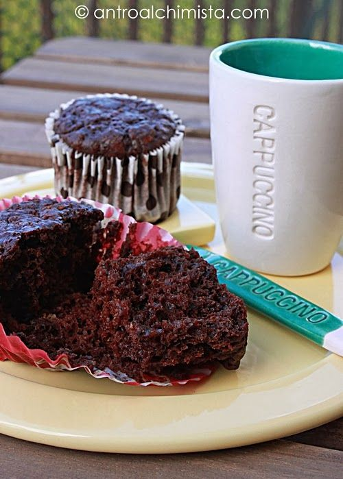 Muffins al Cioccolato con Quark e Gelatine alla Ciliegia - Chocolate Muffins with Quark Cheese and Cherry Jellies