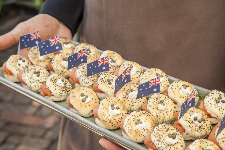 Celebrating all things Australian but with an Egg twist of our classic smoked salmon bagel.