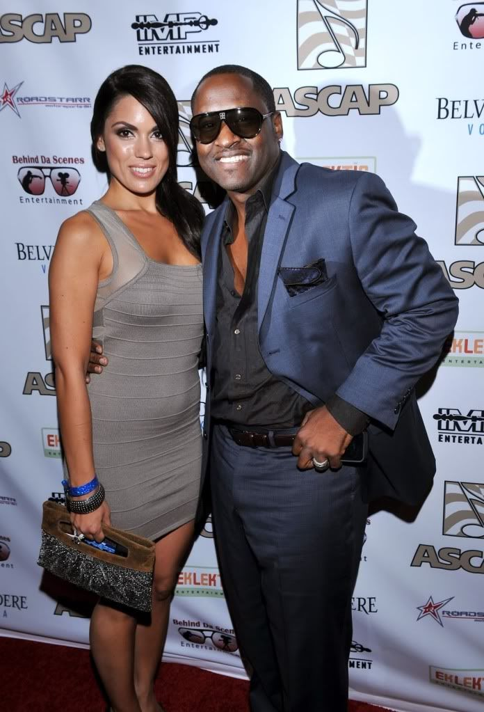 Red dress johnny gill 33