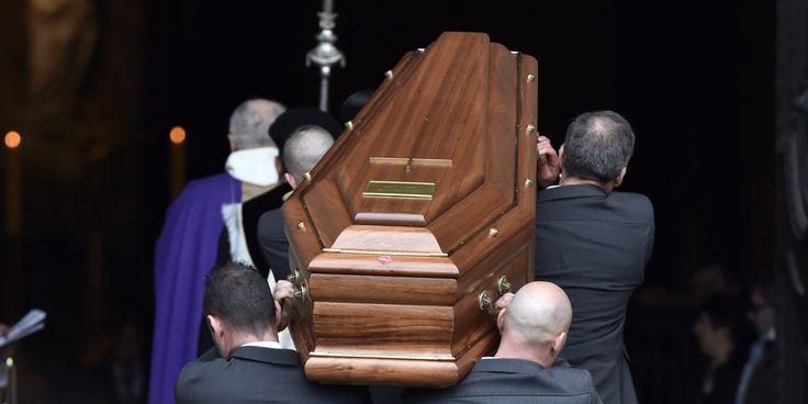 DÉCÈS - Les obsèques de Michel Delpech, mort samedi soir à 69 ans des suites d'un cancer de la gorge, ont été célébrées vendredi 8 janvie