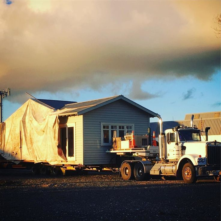 Yes in #NewZealand you can load your house on a truck and move it to where you want to live. #facinating