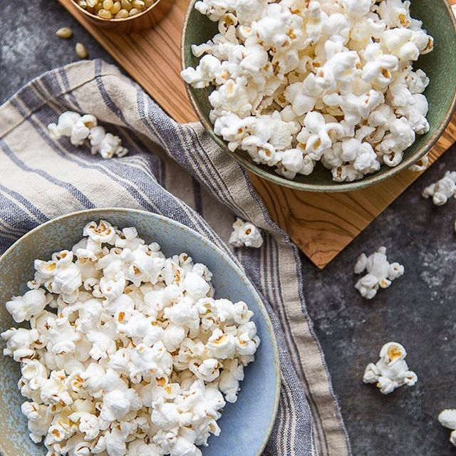 New! THE ULTIMATE TRUFFLE POPCORN! 🍿🍿🍿 My favorite way to make and eat popcorn. Get the recipe: http://www.foxandbriar.com/ultimate-truffle-popcorn/ or click the link in my profile!