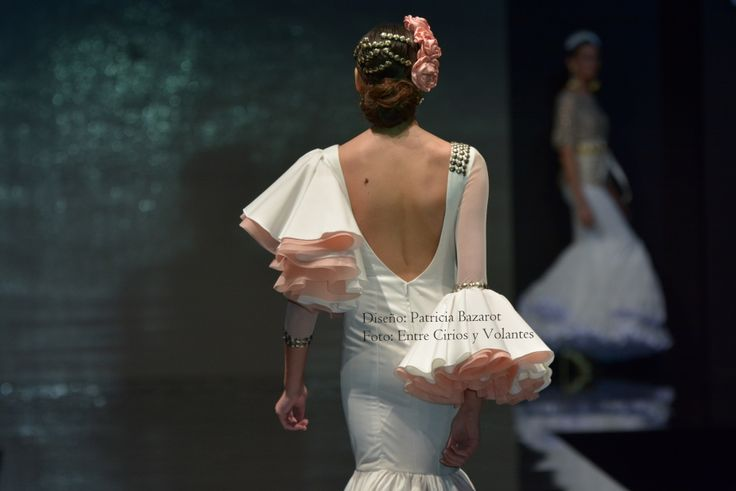 De mangas y escotes de flamenca 2016 · @claudi_alfaro #EntreCiriosyVolantes