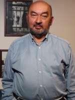 Prof. Dr. Ataman TANGÖR İzmir'de Psikiyatri alanında hastalarına sağlık hizmeti vermektedir.  Randevu Hattı 0 (850) 811 26 97