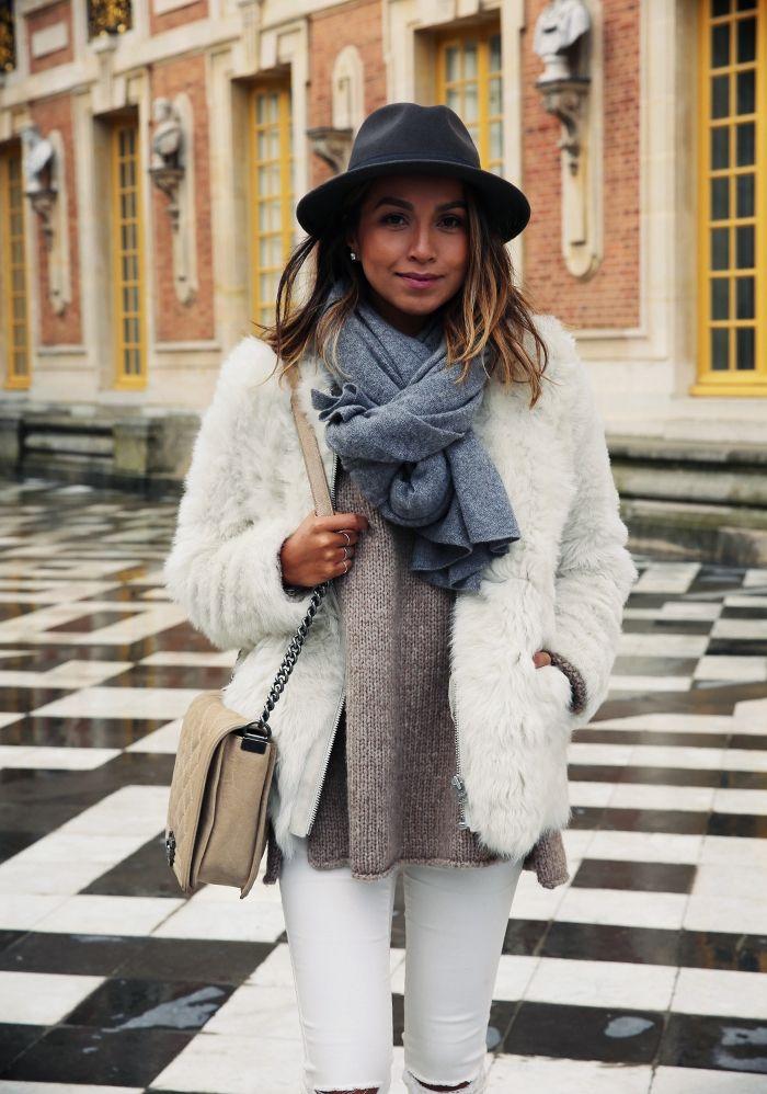 Ella in Versailles.