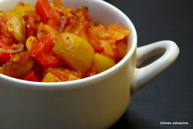 Zdrowo zakręcona: Beztłuszczowe, oczyszczające wegańskie leczo. Dieta nie musi…