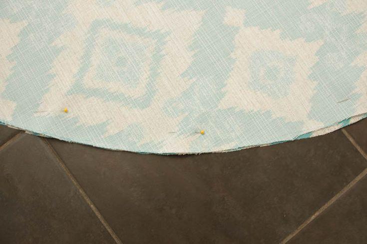 How to recover a Papasan Chair cushion - DIY Papasan Chair Cover tutorial at thehappyhousie.com-8