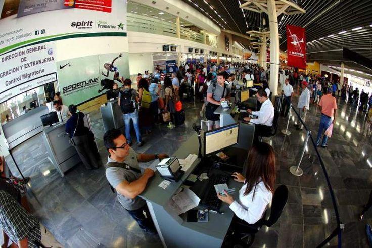 Costo de boletos aéreos se multiplicó por dos durante 2015 en Honduras - Revista Estrategia & Negocios