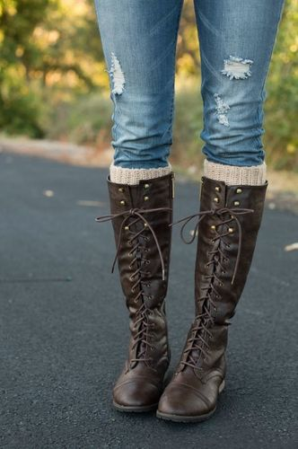 New York Lace Up Boots