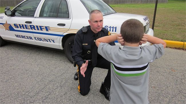Why Autism Training for Law Enforcement Doesn't Work #autism #autistic #police #policebrutality