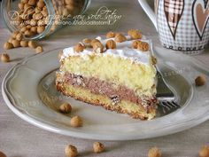 Torta nutella wafer e amaretto è un dolce davvero semplice da preparare ma che sarà un sicuro successo sia per la preparazione che per il gusto, delicato...