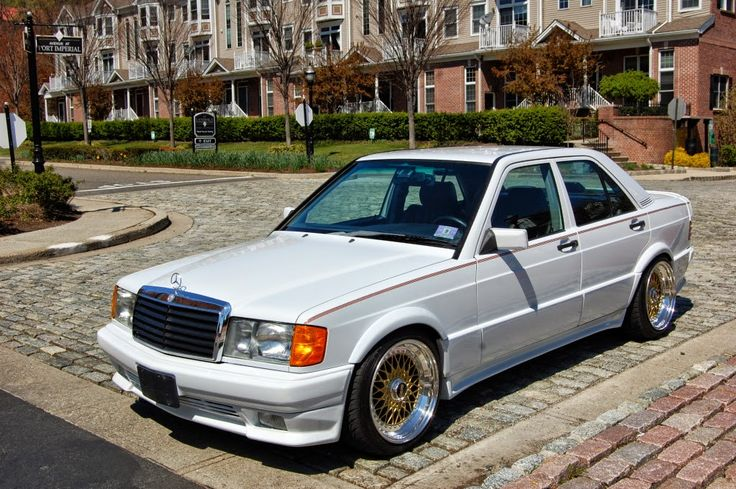 Mercedes-Benz 190E 2,6 White on BBS Wheels | BENZTUNING | Performance and Style