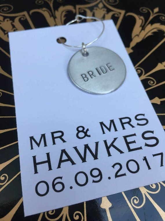 10 x Personalised hand stamped wine charms, rustic wedding favours, personalised wedding favour, place card, wedding decor